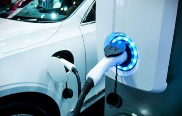 Green Technology: Using Electric Hybrid Cars to Save The Environment